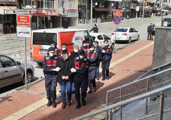 Kocaeli'de sosyal medyada terör propagandasına 3 gözaltı