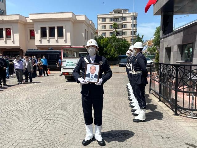 Yalova'da şehit polis memuru için tören düzenlendi