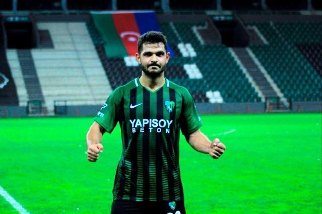 Kocaelispor, Mesut Özdemir'le sözleşme uzattı