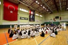 Taekwondo sınavında kıyasıya mücadele